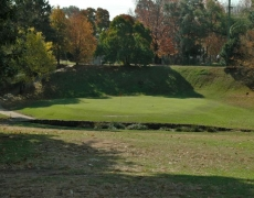 Hole # 14 – The Bowl – Par 3, 104m index 18/36